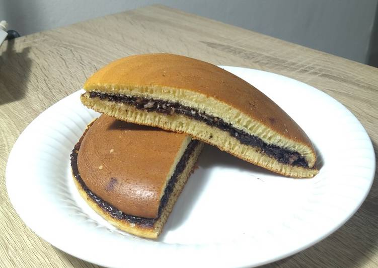 Bagaimana Membuat 27. Choco Dorayaki (Takaran Sendok), Menggugah Selera
