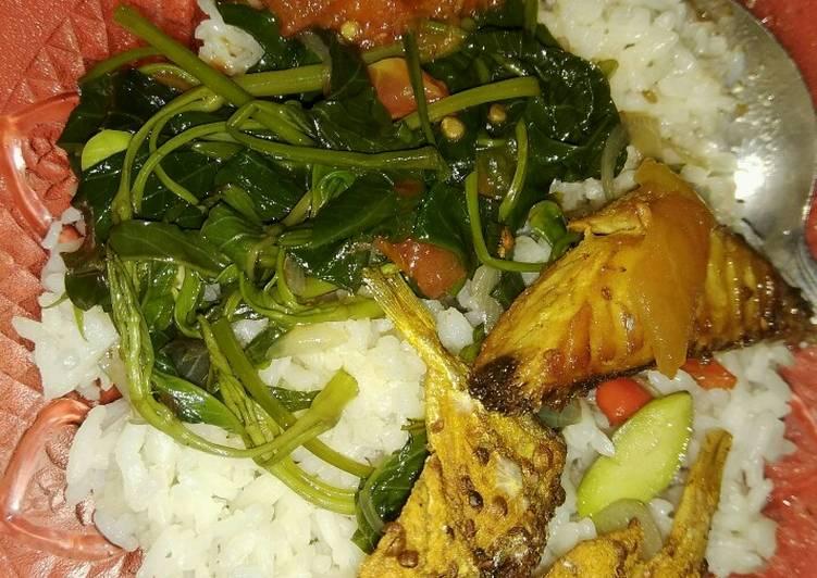 Tumis Kangkung dan Pete lauk Tongkol Ikan Asin sambal mercon