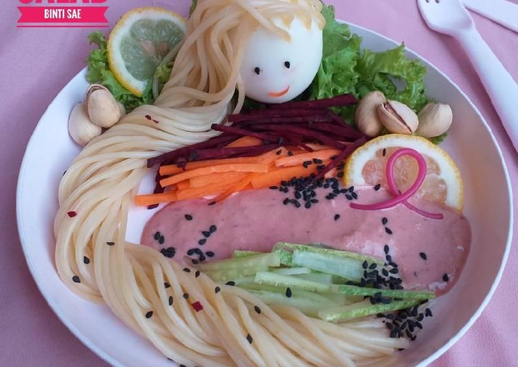 Rapunzel Spaghetti Salad