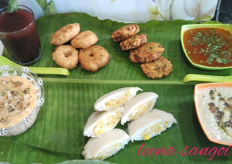 Traditinal south Indian breakfast platter