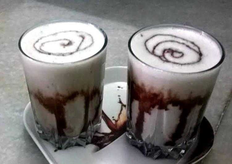 Banana and chocolate smoothie with cinnamon