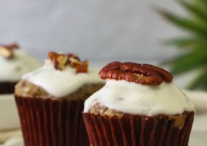 Banana Nuts Muffins with Greek Yogurt Icing