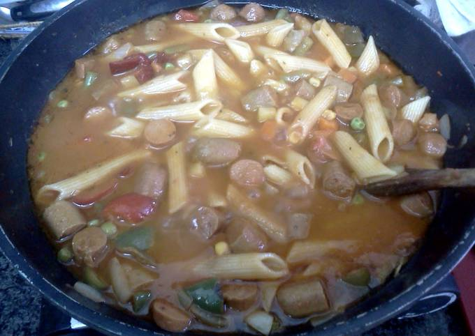 Guiso  (hot dogs and veggies)