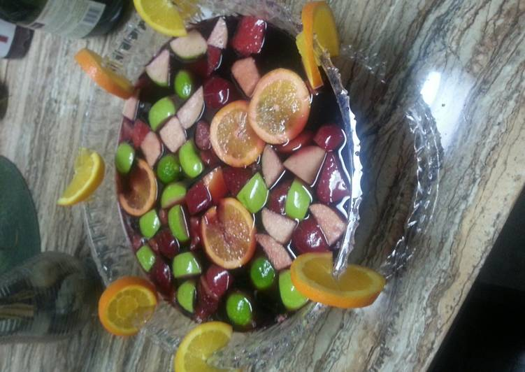 Easiest Way to Make Ultimate Sangria (Diva Punch)