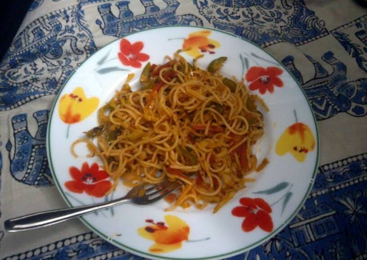 spicy hakka noodles