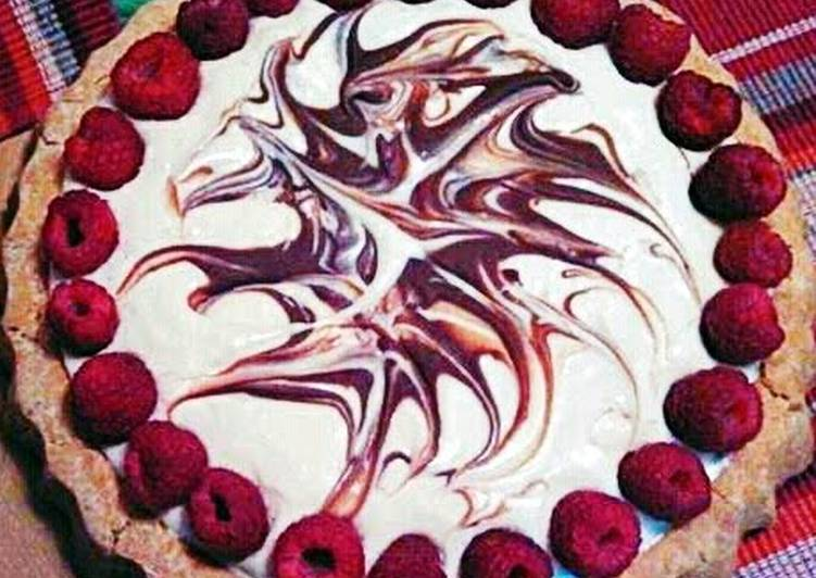 Ray's Raspberry Swirl Cheesecake Tart*