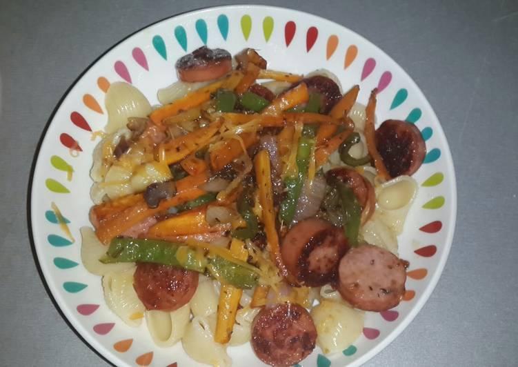 Macaroni with pan fried smoked beef sausage and stirfry veg