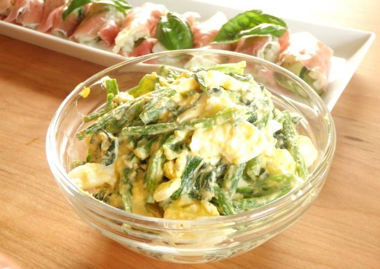 Simple Way to Make Ultimate Spinach and Boiled Egg Salad with Sesame Dressing