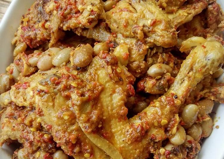 rendang ayam kacang merah