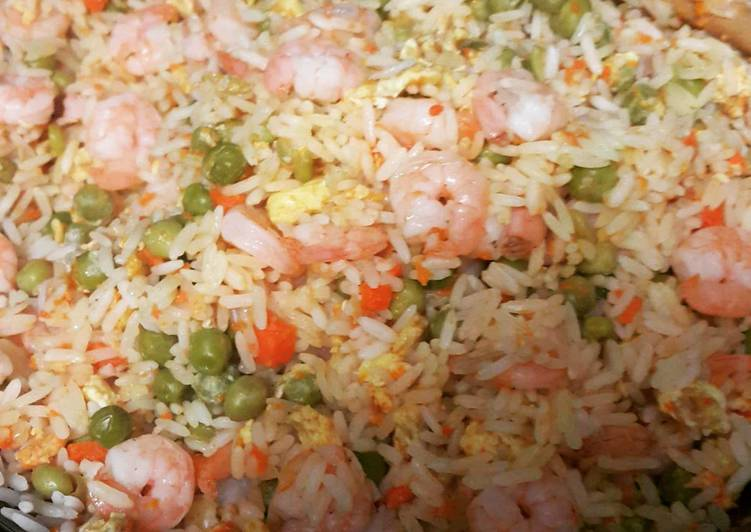 Asian inspired rice with shrimp