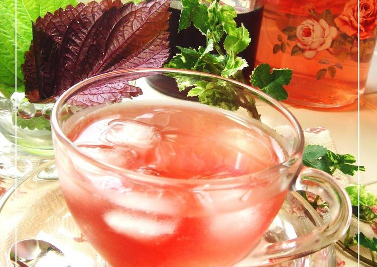 Old Fashioned Dinner Ideas Spring 3-Ingredient Recipe Shiso Juice for Beautiful & Healthy Skin