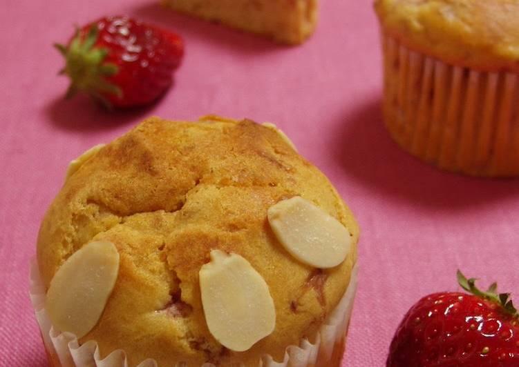 Milky Strawberry Cupcakes