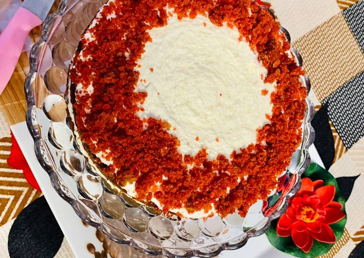 Red Velvet Cake (Eggless)