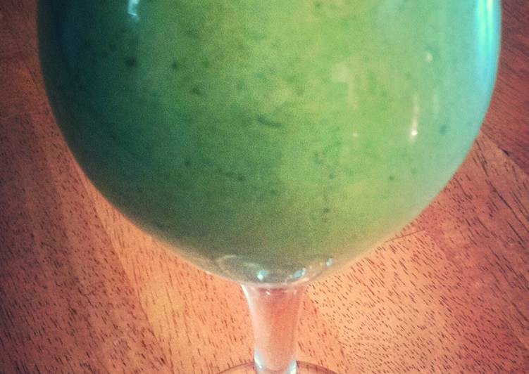 Guide to Prepare Kiwi Melon Mandarin Green Smoothie in 13 Minutes for Family
