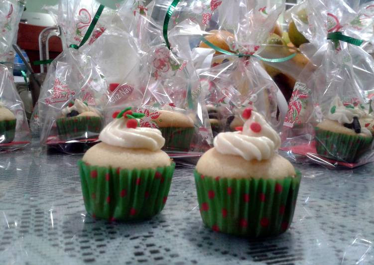 vanilla cheesecake cupcakes