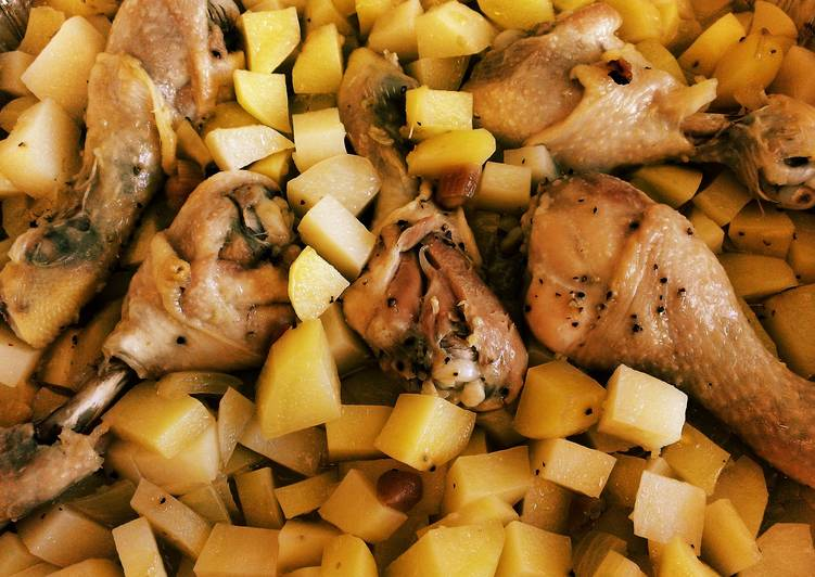 Recipe: Yummy L's Easy Drumsticks & Potatoes in the Oven