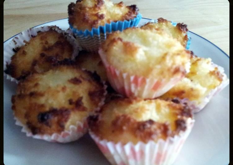 Steps to Prepare Homemade AMIEs COCONUT Macaroons