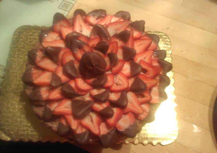 Strawberry chocolate cheese cake