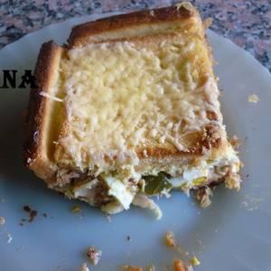 Empanada de atún con pan lactal