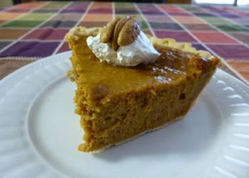How to Prepare Perfect East Texas Pecan Sweet Potato Pie