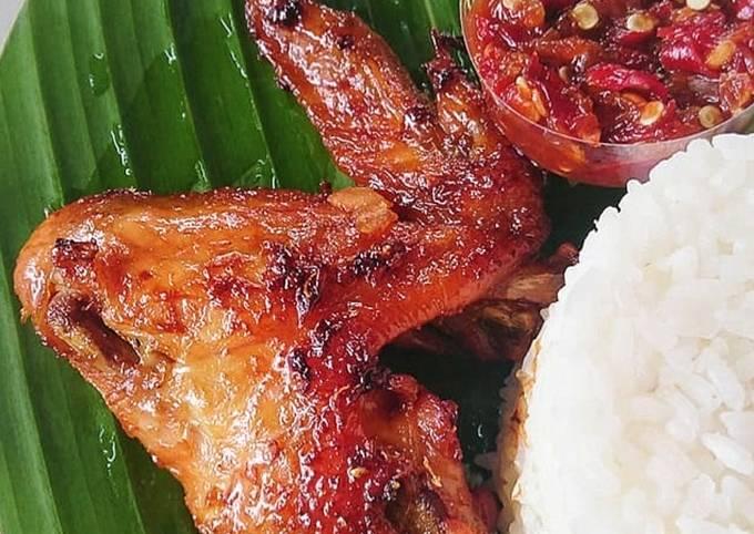 4.Ayam Bacem khas Mama