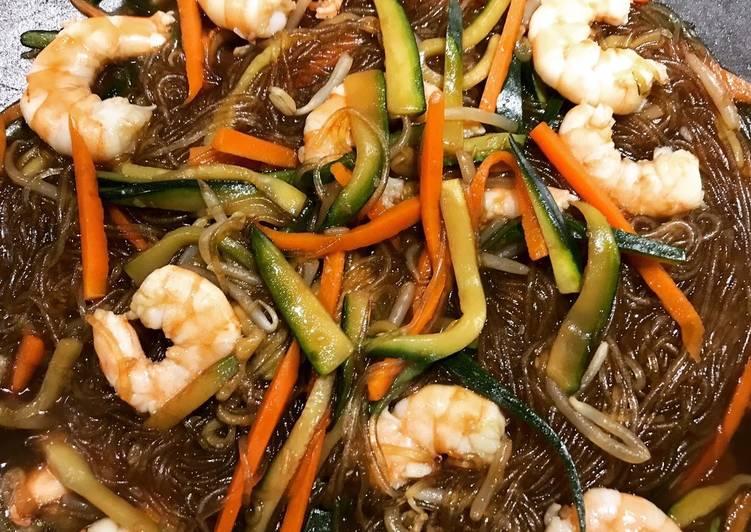 Ricetta Noodles Di Soia.Ricetta Spaghetti Di Soia Con Verdure E Gamberi Di My Italian Cuisine Cookpad