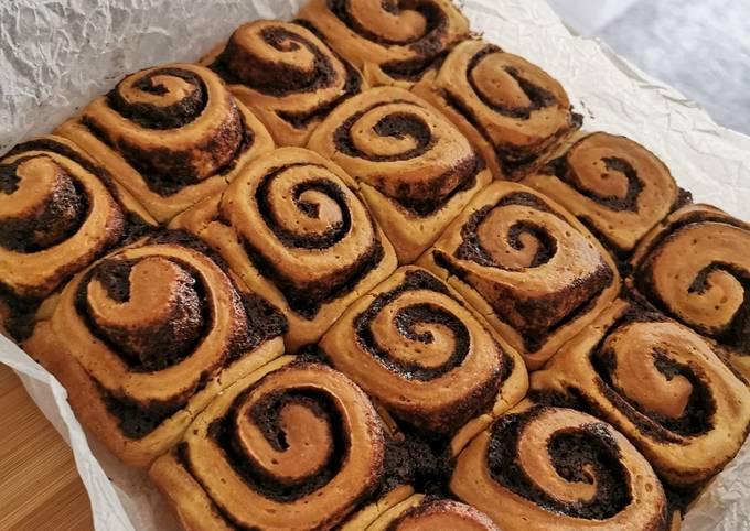 Simple Way to Make Super Quick Homemade Cinnamon rolls w/ Banana