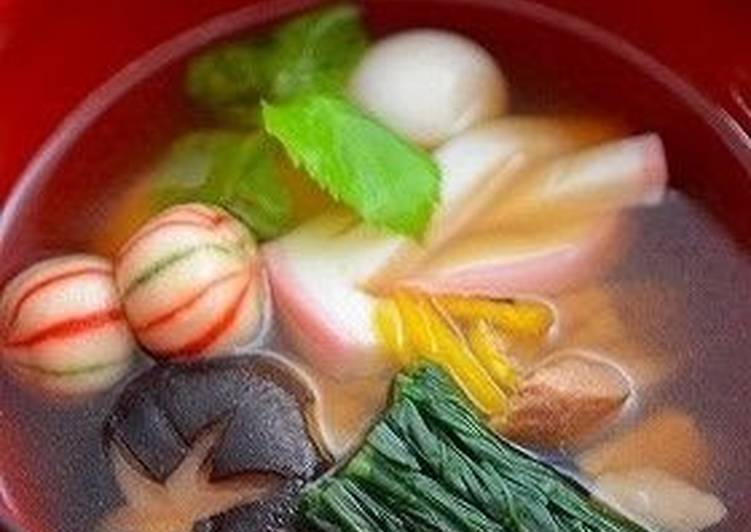 Simple Way to Prepare Super Quick Homemade Fragrant With Mitsuba and Yuzu! Ozouni (Mochi Rice Cake Soup for New Years)