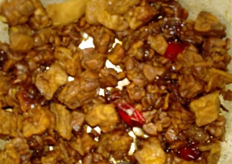 Stir Fry Tempe-Tofu with Black Soy Sauce