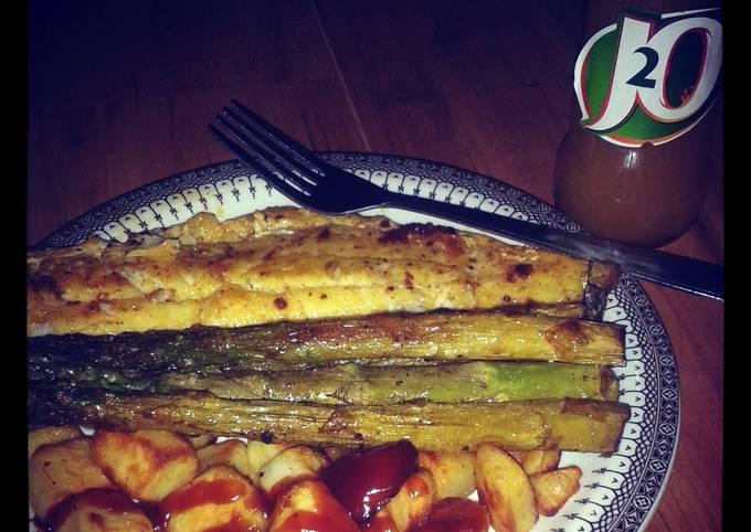 pan fried haddock with asparagus and potato