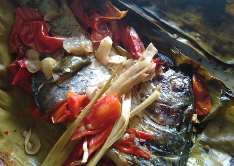 Pepes ikan mas simple (pais manis ikan mas banjarmasin)