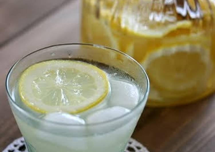 5 Minute Recipe of Quick Lemonade with Homemade Lemon Syrup