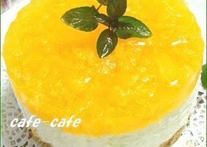 Recipe: Perfect Tri-Color No-bake Cheesecake Topped with Jello