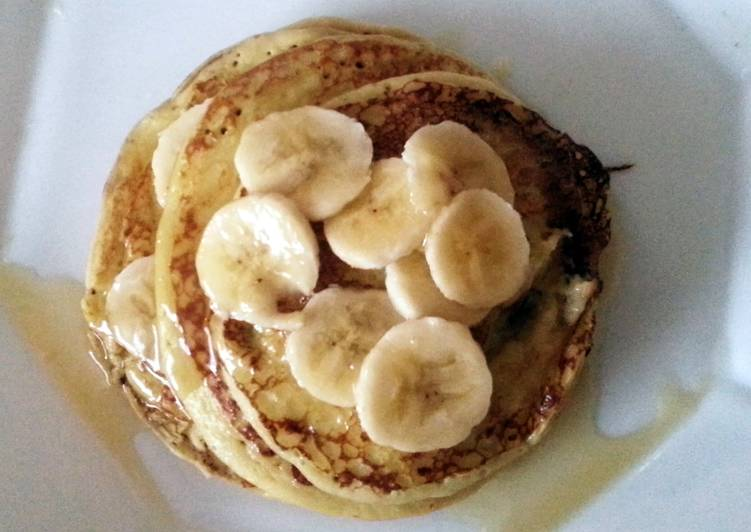 Cottage Cheese Pancakes with Fresh Fruit