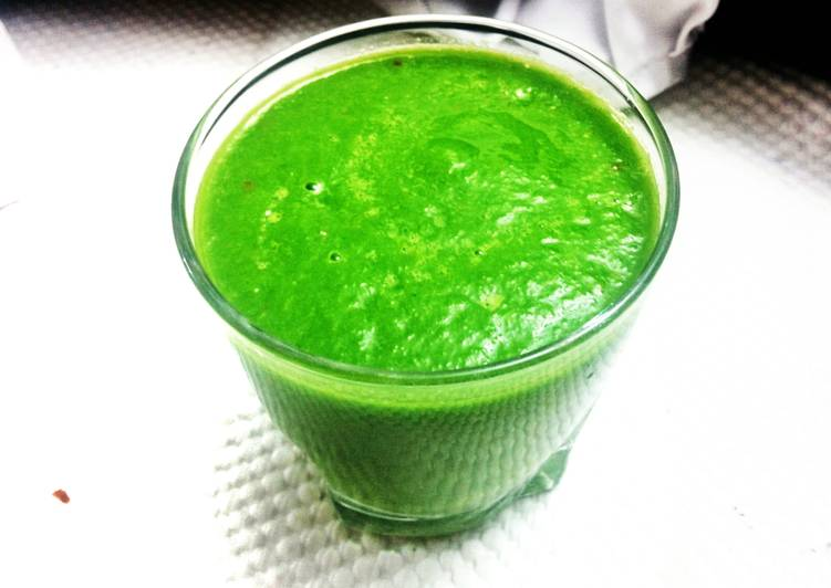 Recipe: Yummy #YHCuisine Strongman Green Smoothie