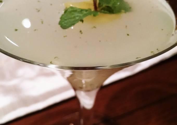 The Lemon Drop Mint Martini