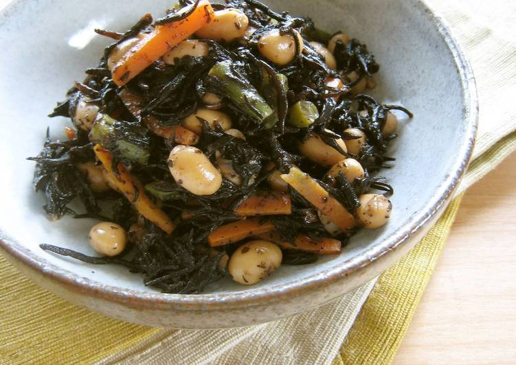 Learn How to Improve Your Mood with Food Stir-fried and Braised Hijiki Seaweed and Soy Beans