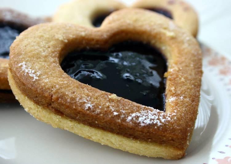 Easiest Way to Make Award-winning Linzer Cookies