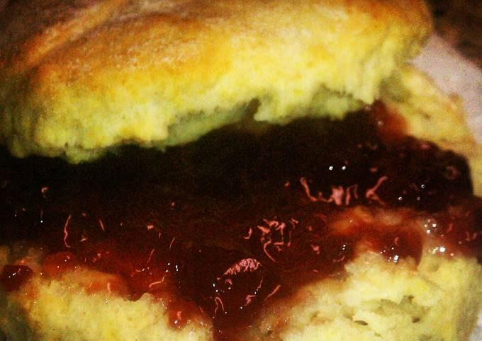 Recipe: Appetizing Simple Buttermilk Biscuits