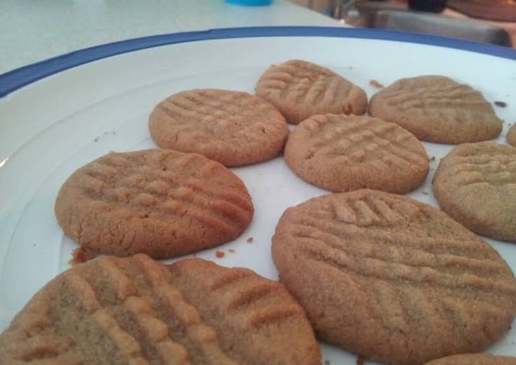 Flour-Free Peanut Butter Cookies