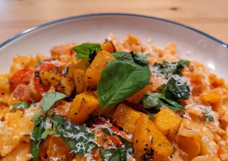 Recipe: Delicious Mafaldine pasta with butternut squash, peppers, and bacon