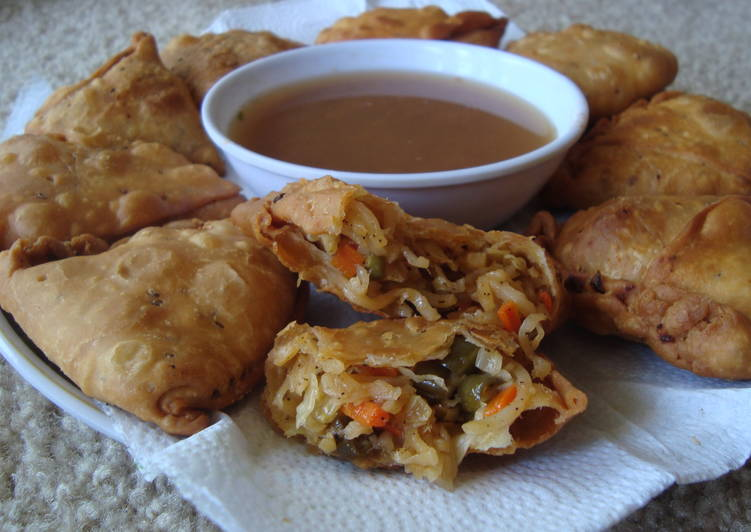 Foods That Can Make Your Mood Better Mini chinese samosa