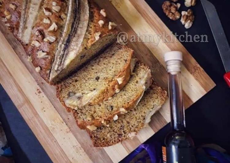 Steps to Prepare Ultimate Whole Wheat Banana Walnut Cake