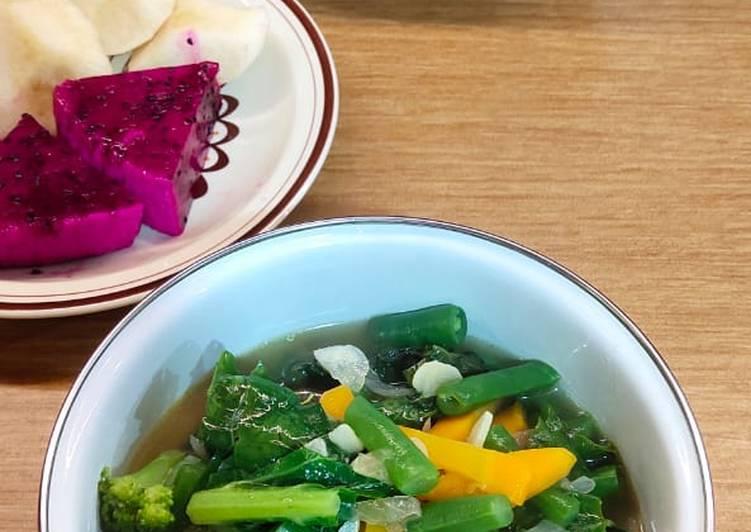 Sop Brokoli Campur