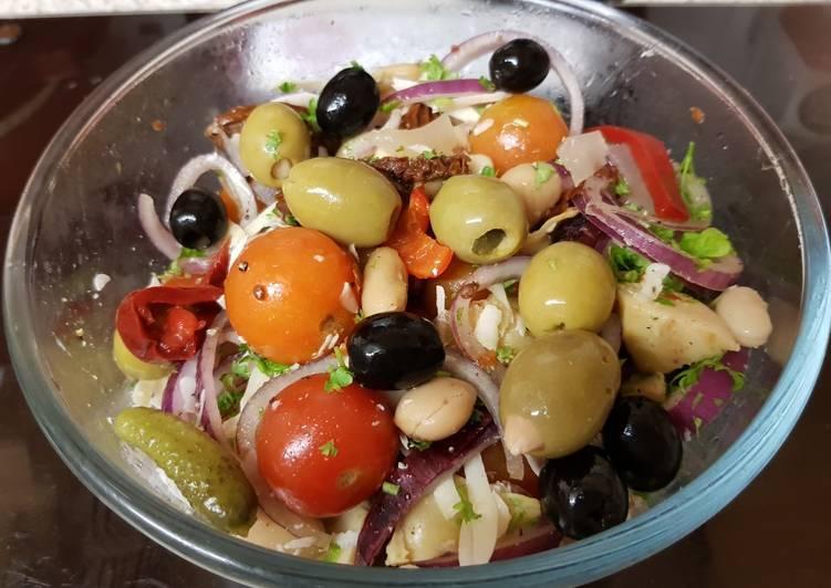 Steps to Prepare Ultimate Meditteranean Bean Salad 💚