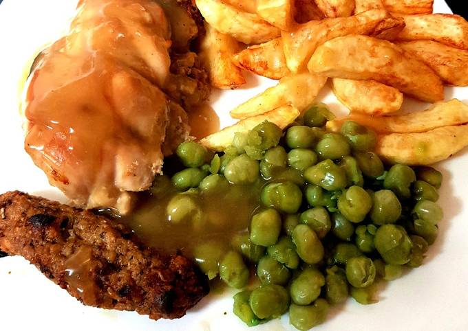 My Stuffed Peppered Chicken breast with Homemade Chips + Peas