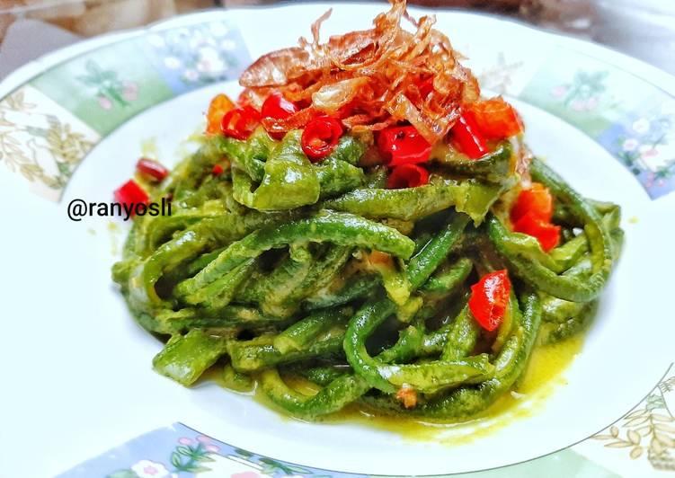 8. Jukut Bejek Kacang Panjang khas Bali