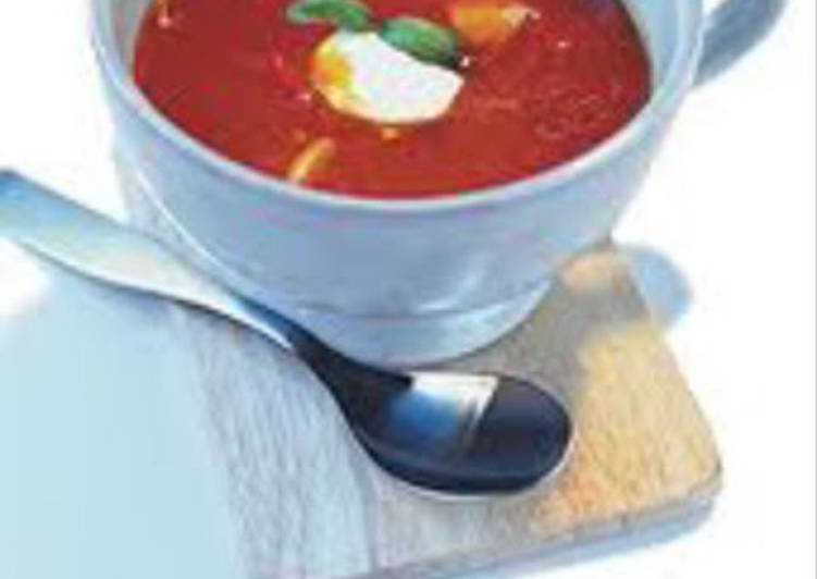 Easiest Way to Prepare Speedy Tomato soup with feta cheese topping