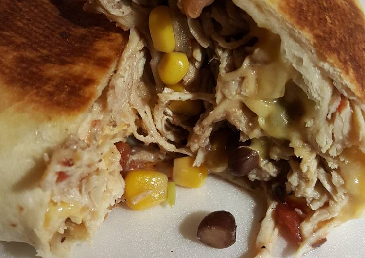 Steps to Prepare Favorite Cara's  Slow cooker Chicken Burritos