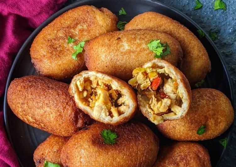 Chinese style chicken bread rolls